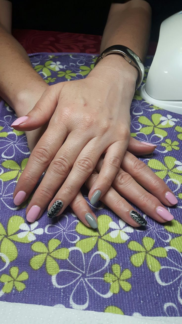 Semilac sweet pink, stylish gray