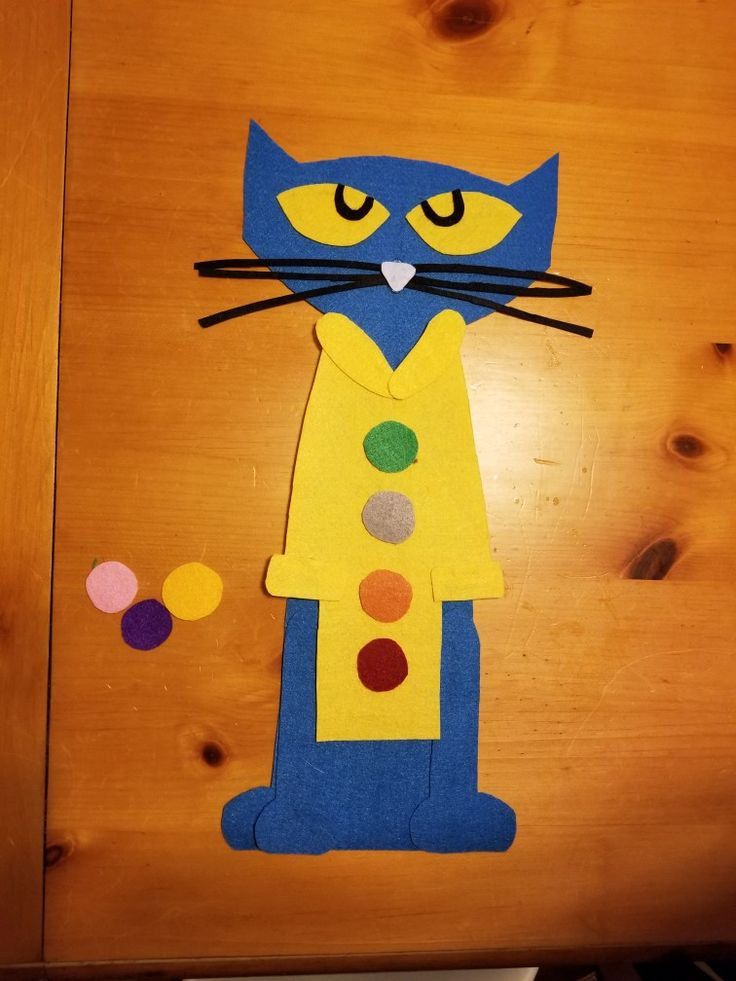 Pete the Cat flannel board pieces