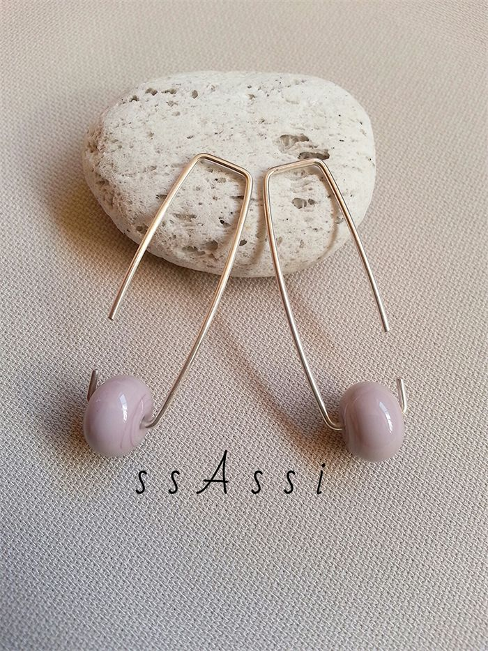 Argentium Sterling Silver & soft lilac glass bead earrings