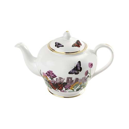 Serve your favourite brew from the finest bone china with this pretty souvenir teapot. Beautiful as a standalone teapot and striking as part of the matching tea set, it is a lovely way to celebrate Stonehenges magical beauty.
