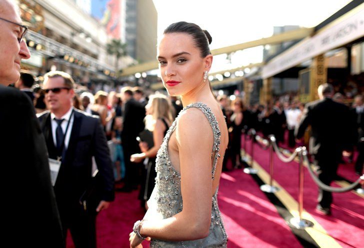 Pin for Later: The Best Candid Moments From the Oscars Red Carpet Daisy Ridley Pictured: Daisy Ridley