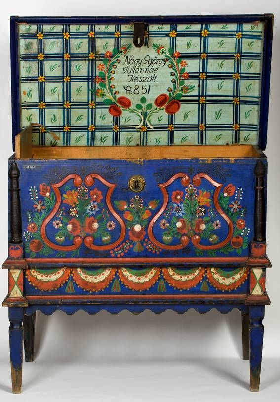 Hungarian painted wood dowry chest with tulips