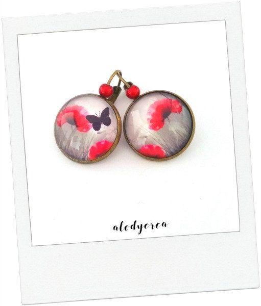 Boucles d'oreilles coquelicot papillon  cabochon  par alodycrea