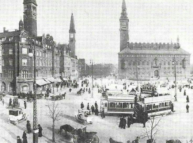 Rådhuspladsen i 1914