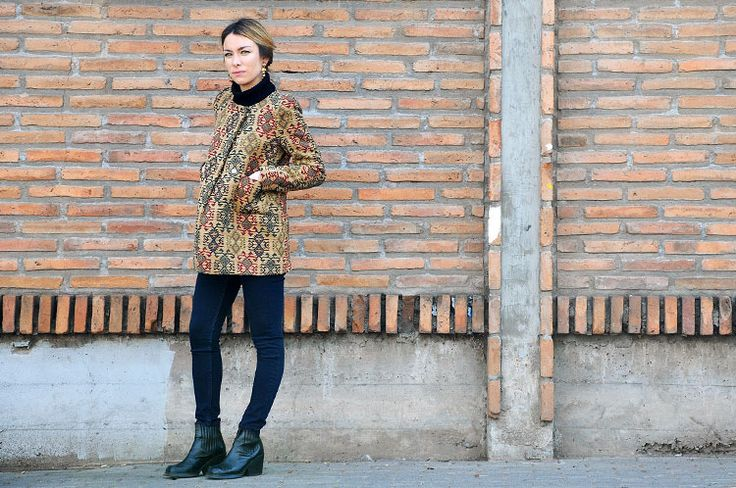 Patterned coat look by Alexis Thiele