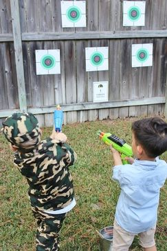 Toy Soldier Party, Camo Party, Army party, Nerf Wars Party, Soldier Party, Solder Party Ideas, Camo Party Ideas, Outdoor Party Ideas, Boy party Ideas, Army Party Ideas, Nerf War Party Ideas, Nerf Game Ideas, Target Practice Ideas, Toy Gun Game Ideas, Army Game Party Ideas