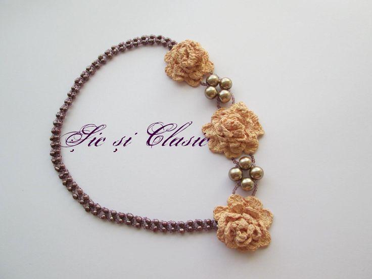 Bijuterii online - colier handmade sic si clasic seed beads