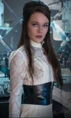 Jemima West as Isabelle Lightwood, City of Bones >>>> i love her as Isabelle! <3