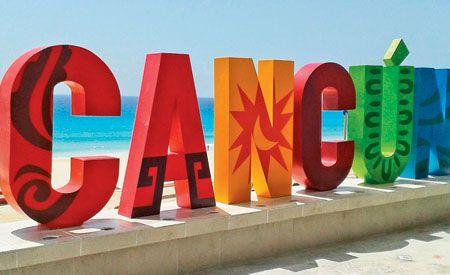 Cancún é uma cidade que fica na costa do estado de Quintana Roo, no México, em uma península que se tornou um dos centros turísticos mais importantes do México, tendo conseguido preservar suas belezas naturais e sua cultura ancestral, representada principalmente em cidades maias, como Tulum, Uxmal ou Chichén Itzá, fundadas no período pré-colombiano. Em Cancun existem cerca de 22 quilômetros de praias de areia fina, divididos entre a lagoa e o mar.