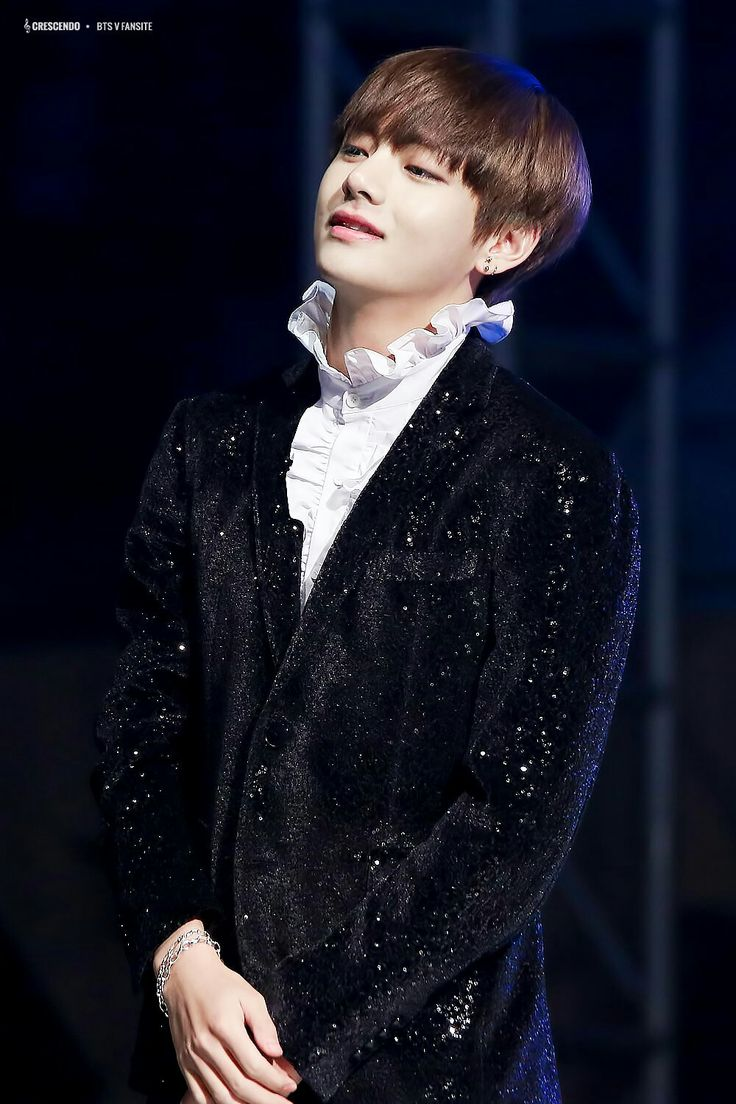 V ❤ BTS at the Geumsan County One Heart Concert / Nonsan Youth Winter Concert (161222) #BTS #방탄소년단