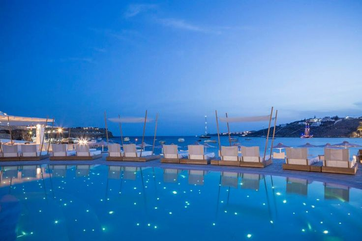 Explore Jet-Set Mykonos: What's Hot Right Now