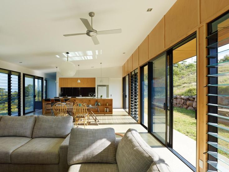 Breezway Altair Louvre windows to both external walls for cross ventilation