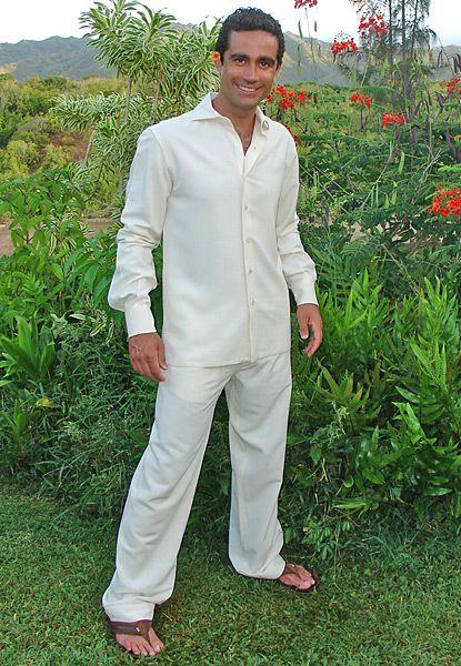 Best 25+ Beach groom ideas on Pinterest | Mens beach wedding attire Beach wedding attire and ...