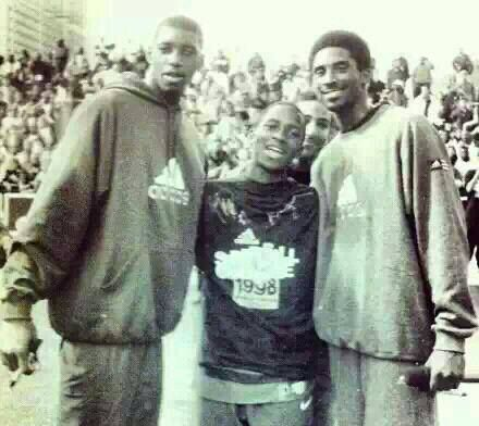 Tracy McGrady, Dwight Howard (yes, it's Dwight Howard as a teen) & Kobe Bryant. Rarest NBA Photo EVER!