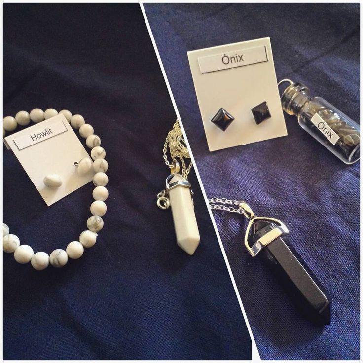 megérkeztek hozzám a @zenzero.hu csodái  #ónix #howlit #obszidián #ásványékszer #mineraljewelry #minimaljewellery #zenzero