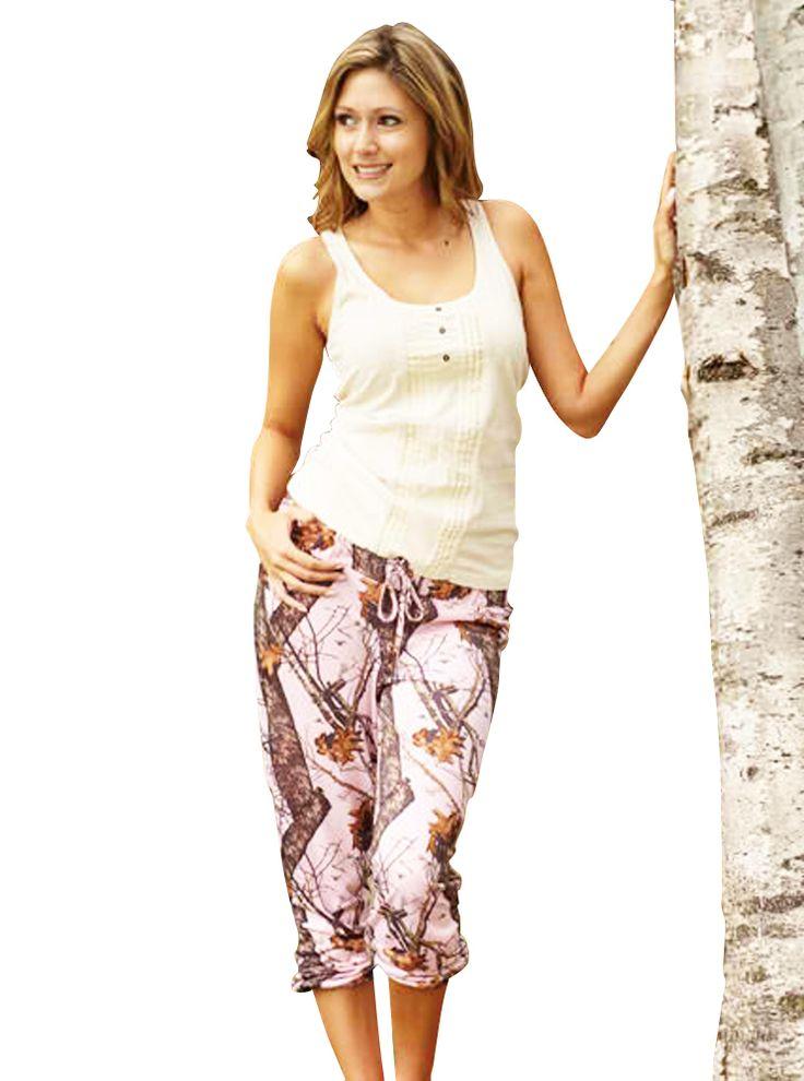 Southern Sisters Designs - Mossy Oak Women's Pink Camo Capri Pants, $29.95 (http://www.southernsistersdesigns.com/mossy-oak-womens-pink-camo-capri-pantes/)