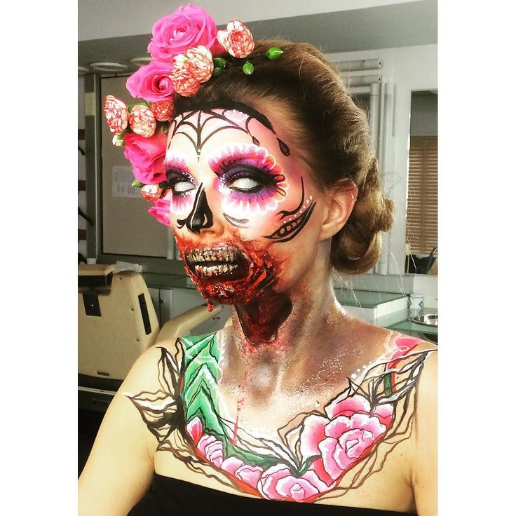 Wow. Niin karmiva niin #kaunis  Meikki & tehostemaskeeraus  @emma_makeupart'in käsialaa  // Katri  #MTVLifestyle #lifestyle #meikki #halloween #sugarskull #pääkallo #zombie #maskeeraus #tyyli #naamiaiset #kauhu #kauneusvinkit #makeupartist #makeup #skull #sfx #maikkari #mtv #uusimtv by mtvlifestyle