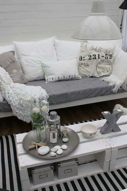 Más ideas de muebles hechos con palets http://patriciaalberca.blogspot.com.es/