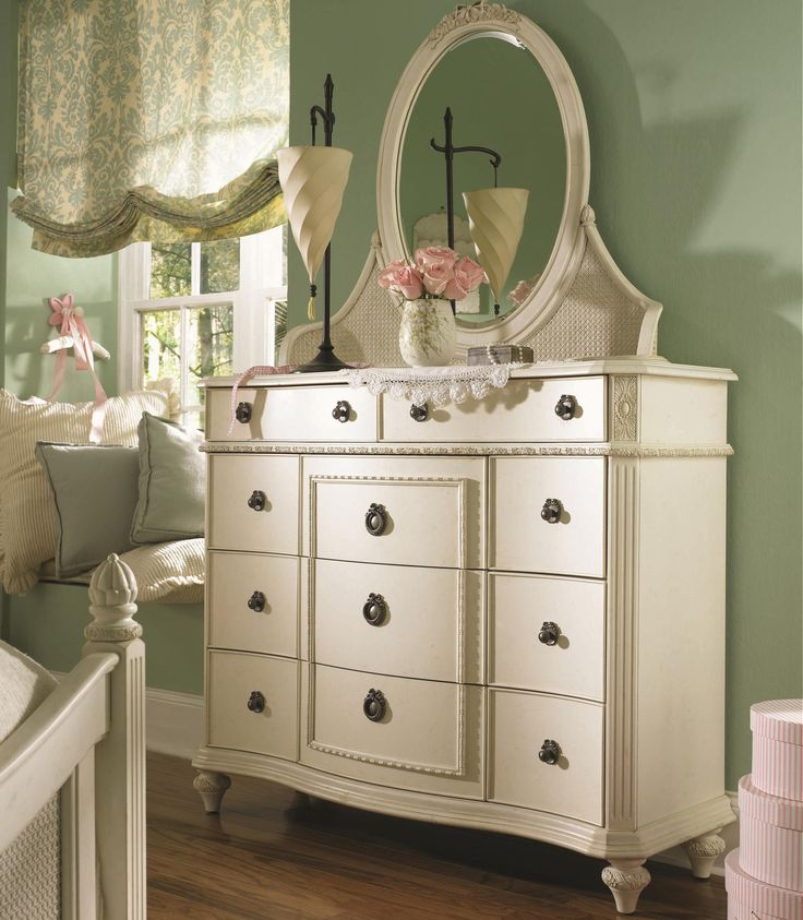 Love This Style Dresser And Window Shade 2nd Bedroom