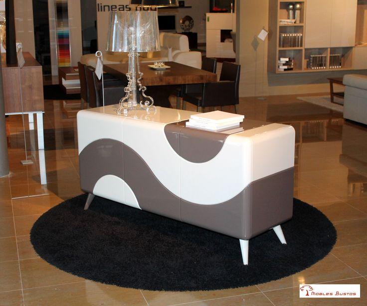 Uno de nuestros #muebles auxiliares, perfecto para complementar la