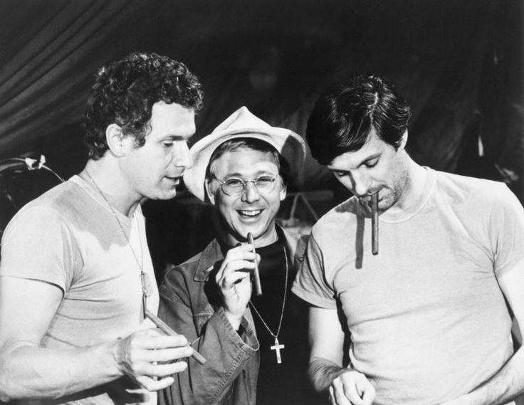 "William Christopher Mash | Photo: ""MASH"" actor William Christopher (centre) with co-stars ..."