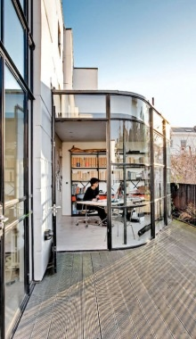 (via I Could Live Here: Bauhaus In Kensington.  Sfgirlbybay)