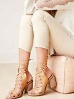 freepeople now has a vegan section right at the top of their site. These are some pretty awesome #vegan heels for those lucky enough to live somewhere warm enough to wear them still. #vegan #vegtarian #winter