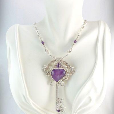 Аметист ожерелье сердца кулон ключ в чистого серебра ж / граненого аметиста (0,60 карат)
