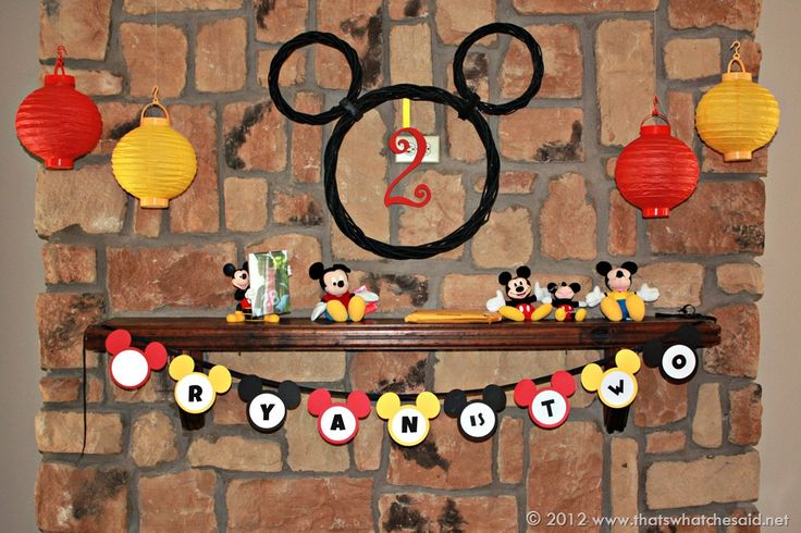 mickey mouse birthday party | Mickey Mouse Birthday Banner & Free Printable - That's What Che Said