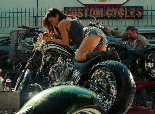 Imagen de megan fox, sexy, and bike