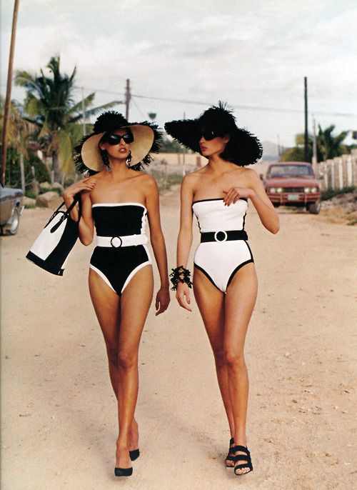 beachy stroll.: Christy Turlington, Opposites Attraction, Black And White, Black White, One Pieces, Bath Suits, Linda Evangelista, Vintage Swim, Beaches Style