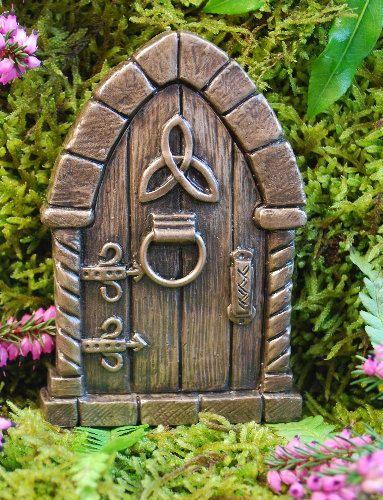 Leprechaun house and garden. | Fairy garden diy, St ...  |Fairy Garden Ideas Ireland