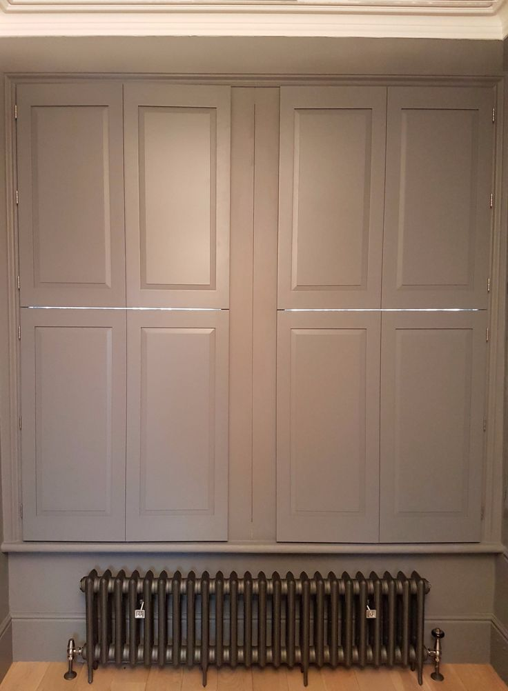 Custom painted TNESC Solid Georgian Panels. Tier on Tier style allows privacy and light management.
