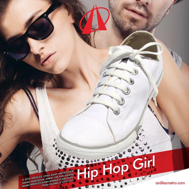Ardiles Sneakers Lovers, musik tidak hanya membuat hari-harimu ceria tapi juga sering menjadi inspirasi fashion yang seru.  Ini tips buat kamu: https://www.instagram.com/p/BDPV2rLQkpP/