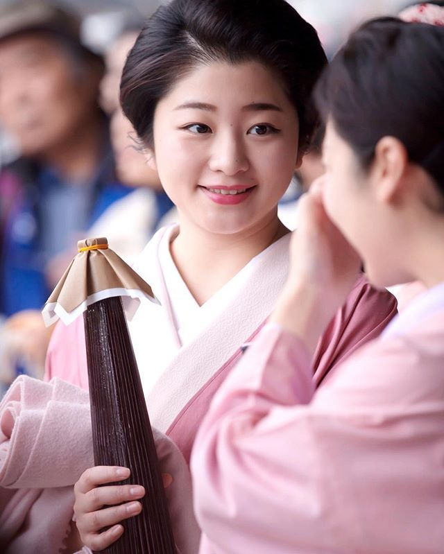 事始め 遅くなりましたが13日に撮影した紗月ちゃんの写真をpostします✨ portrait : 祇園甲部 紗月 2016.12.13 . #京都 #祇園 #芸妓 #着物 #ポートレート #ポートレート部 #japan #japanese #kyoto #gion #geiko #portrait #portraits #girl #cute #beautiful #ig_japan #ig_nippon #Lovers_Nippon_Portrait #japanfocus #team_jp_ #team_jp_西