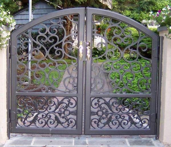 Rod Iron Gate locks | Wrought Iron Gate (001) - China wrought iron gate,wrought iron fence