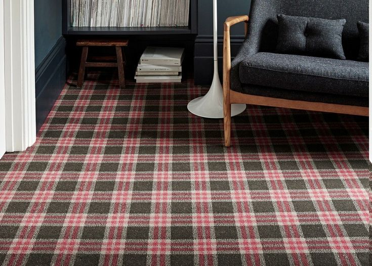 There are many types of rugs that you can apply to your home, but one of the very interesting types of attention that is plaid carpet. Carpets with ...