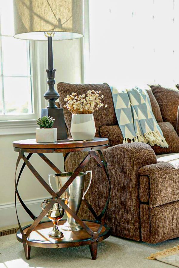 Cool Living Room End Tables For Your Beautiful Living Rooms Page 7 Of 40 Evelyn S World My Dreams My Colors And My Life Living Room Side Table Living Room