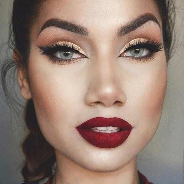 Classically Festive Look Gold Eyes Red Lips Macmakeuplooks