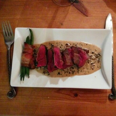 Fillet of moose with extras by Blund