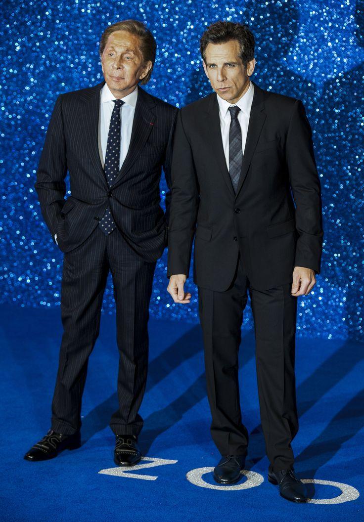 El diseñador italiano, Valentino, junto a Ben Stiller