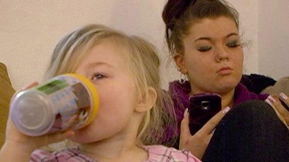 Teen Mom Photo from Season 4 Amber Portwood and her daughter Leah #amber #portwood #amberportwood #teen #mom #teenmom #mtv #16andpregnant