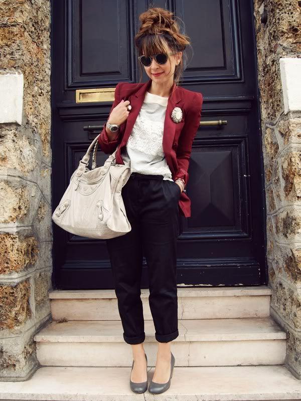 Queen's Wardrobe red blazer