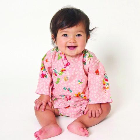 Kimono one piece playtime pink fr Lucky Wang NYC: Baby Kimonos, Pieces Playtim,  Jammi, Baby Girls, Playtim Pink, Baby Clothing, Kids Clothing,  Pyjama, Lucky Wang