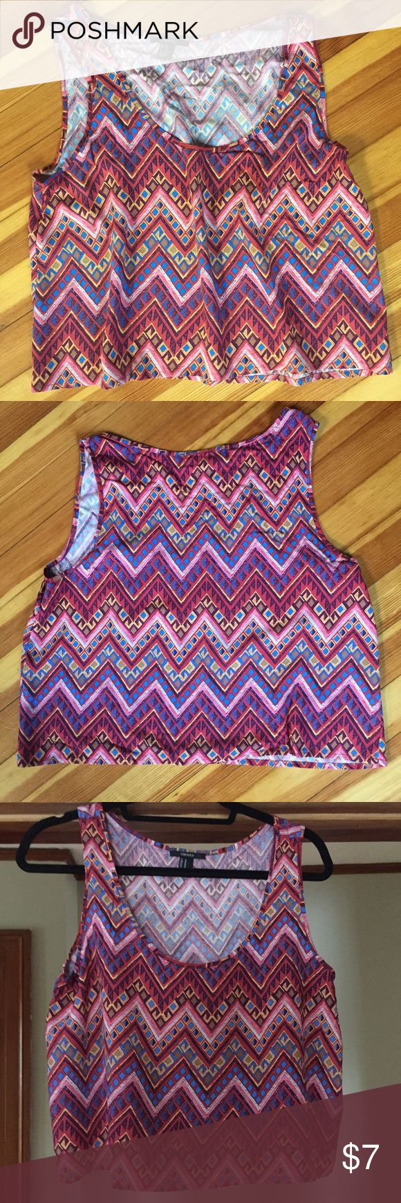 Aztec Crop Top Forever 21 Aztec Crop Top. NWOT. Combine this with any other tank or Crop Top for $10! Get in time for warm weather ☀️ Forever 21 Tops Crop Tops