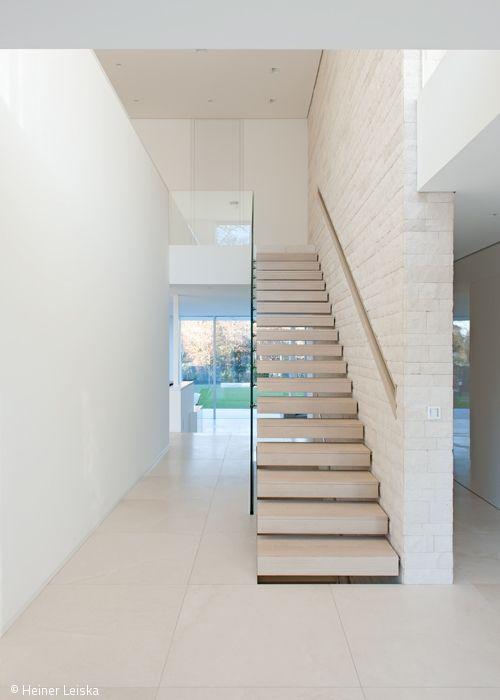 Às vezes, vários caminhos levam ao mesmo arquiteto – como no caso da vila …   – Haus