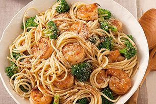 Watch the how-to video for this shrimp pasta recipe in under two minutes. Then, have the real-deal Shrimp & Pasta Formaggio on the table in 20 minutes.