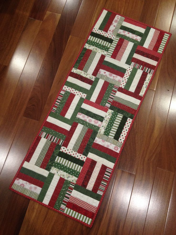 another rail fence Christmas table runner                                                                                                                                                      More