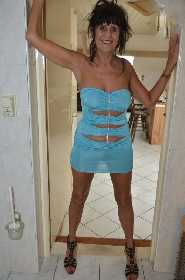 Hot german wife jess risky outdoor fuck stranger 02