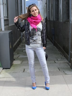 Colorfulpaillettes Outfit Informal Casual Urbano Primavera 2012. Combinar Gafas Negras Rayban ...